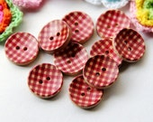 9 Wood buttons, Red Net-like ornament, 20mm, for button jewelry, scrapbooking, bags, crafts