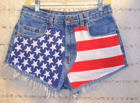 Vintage  High Waisted Denim Shorts -  American Flag Style Waist 30  inches