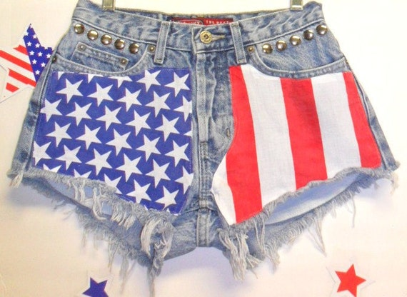 Old Navy   Low Rise Denim Shorts - Studded---American Flag Style -- Size 2