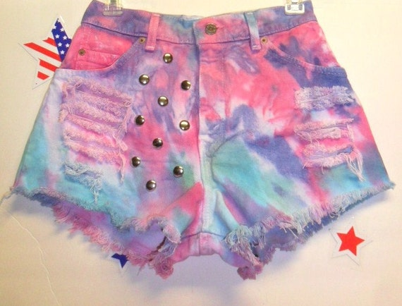 Vintage Levis High Waisted TIE  Dyed  Denim Shorts - Studded ---Waist 27  inches