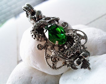 Slytherin - Aged filigree pendant - Fantasy mythology Harry Potter inspired jewelry - Vintage victorian steampunk gothic style - Made with Swarovski crystals from Swarovski ELEMENTS - A ValkyrieCouture Exclusive Design