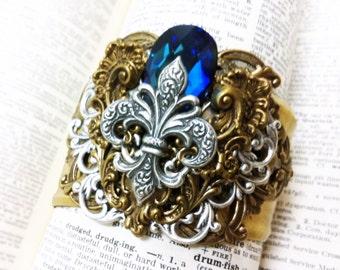 Fleur-de-lis Rococo Cuff Aged brass filigree cuff Fantasy mythology inspired jewelry - Vintage victorian steampunk gothic style