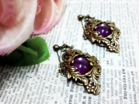 Royale (Gold/Purple) brass filigree drop earrings