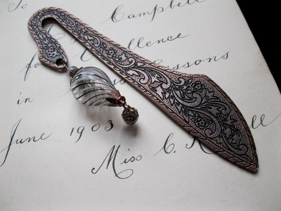 Steampunk Gift. Hot Air Balloon Beaded Bookmark. Bon Voyage. Travel Diary.