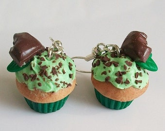 Mint and chocolate on cupcake - earrings