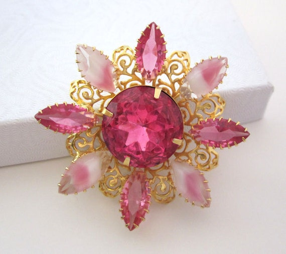 Divine Vintage Pink Rhinestone Jewelry Flower Brooch Pin Filigree Metal Design