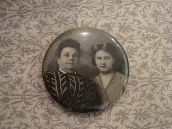 Vintage Photo Pin with Two Women