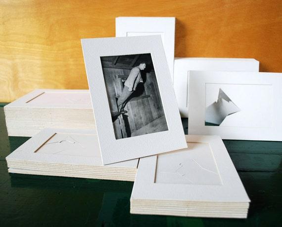 "5 Vintage Easel Mat Boards for 3"" x 5"" Prints"