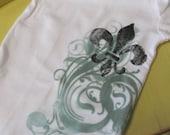 Fleur de Lis Shirt w/ Green Swirls