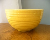 McCoy Pottery Yellow Ringware Mixing Bowl 3.75x7 inches