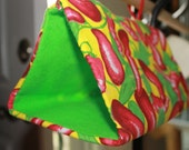 Size Small, seepy Time Tent for parrots, Great for Conures, Caiques and similar, Chili Pepper themed