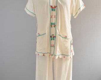 Asian Lounge set | vintage 50s cream asian embroidered cotton pajama set | S/M/L