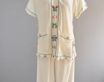 Asian Lounge set | vintage 50s cream asian embroidered cotton pajama set | S/M/L