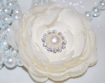 Ivory Cream 3 1/2'' camellia fabric flower  with pearl and diamond center  - wedding bridal baby hair flowers - flat back