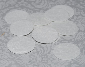 """white round felt pads - 25 pieces - 1.5"""" inch (38mm) pads wool felt like to mount on back of flowers for base before adhering clips &  pins"""