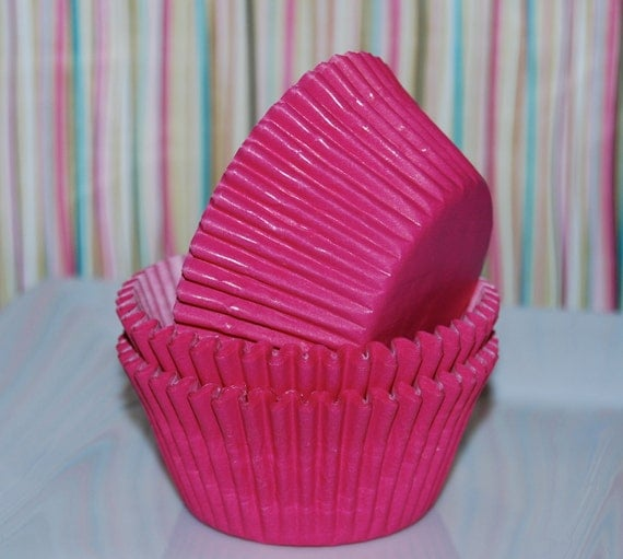 cupcake liners (100) count - Raspberry bright pink cup cake liners  baking cups  muffin cups   standard size  grease proof
