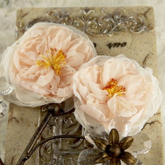 Blush Fabric flowers, peach flowers - Parfait Collection - Blush 547189 -  2 Sheer silk fabric flowers with stamen  peach colored flat back