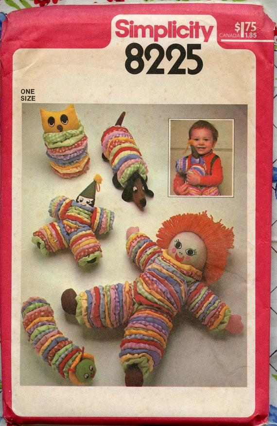 1970s Vintage Sewing Pattern - Simplicity 8225 - Yo Yo Toy Pattern - Doll, Owl, Dog, Clown, Caterpillar UNCUT