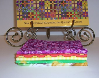 Five Cotton Fabrics and Quilt Book Bright Quilt From Down Under by That Patchwork Place