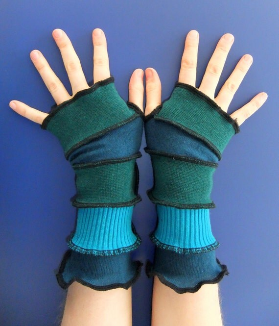Fingerless Gloves SMALL - Eccentric Arm warmers - OOAK - Ready To Ship
