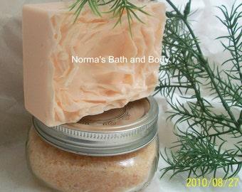 pumpkin pie bath and body gift set. pumpkin pie soap and soap