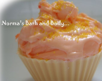 Pumpkin cupcake soap, pumpkin soap, kids soap, cupcake soap, halloween soap, beauty, dessert soap, food soap, pumpkin soap