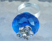 Blue Bauble Daisy Ring