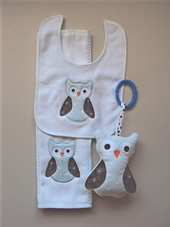 Reserved for Angelique Baby set of light blue and brown owls, includes bib, sofite toy and burp. Can be personalized for an extra charge.