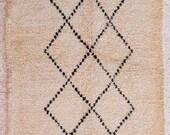 natural white wool moroccan carpet BENI OUARAIN berber rug