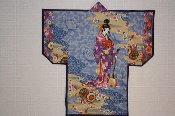 Graceful geisha wall hanging
