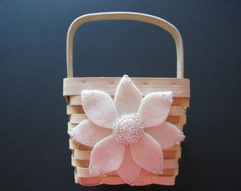 Wedding Flower Girl Basket Aster Flower Ivory