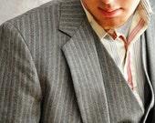 Two Piece Suit 38L. Men's Vintage Jacket & Vest Suit. Gray Red Fine Herringbone. Eveteam
