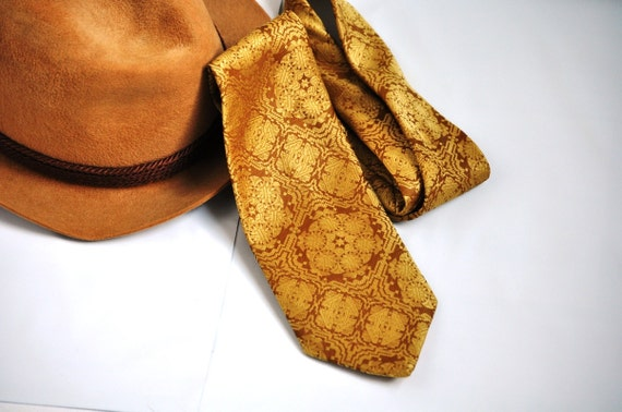 Gold Brocade Tie. Vintage Tone on Tone Gold Tapestry Wide Necktie. 60's-70's Eveteam