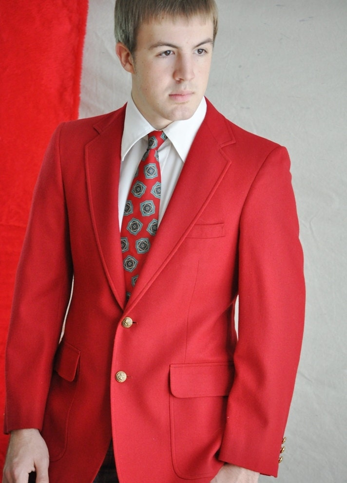 Red Men's Blazer. Vintage Christmas Red Jacket. 38R