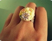 Dainty Floral Cluster Ring