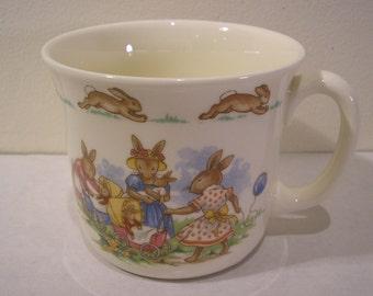 Vintage 1984 Royal Doulton Bunnykins Golden Jubilee Hug A Mug Cup