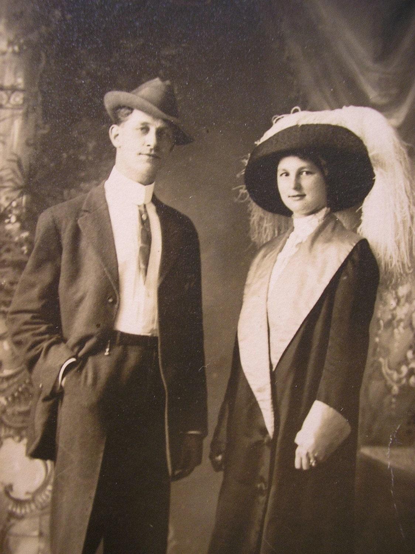 A Most Stylish Couple 1920s Vintage Photo Postcard