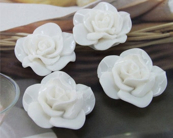 White Resin flowers 30mm --- 4Beads