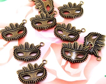 15Beads--- Charm mask Bronze Plated Brass Filigree Findings Metal Pendant Earwire Beads 15mmx21mm 3F