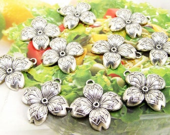 10 Beads--- Charm Four Petals Flower Pendant  Link  Beads Silver Plated Filigree Findings Metal Connector Link Beads 24mmx26mm 3H