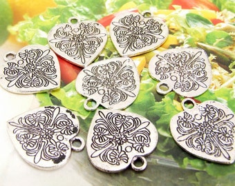 8 Beads--- Charm Heart Flower Pendant  Link  Beads Silver Plated Filigree Findings Metal Connector Link Beads 20mmx24mm 3H