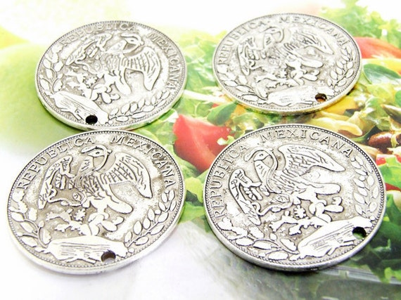 5Beads--- Charm Big Coin Money  Pendant  Link  Beads Silver Plated Filigree Findings Metal Connector Link Beads 38mm 3L