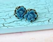 Blue Flower Stud Earrings - 12mm Cabochon