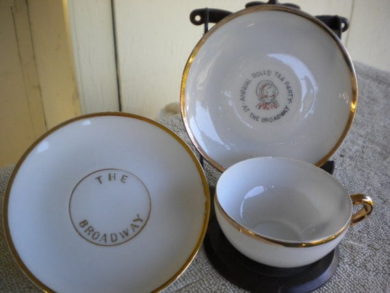 BROADWAY DEPARTMENT STORE Annual Doll's Tea Party Cup and Saucers