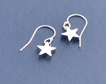 Shining Star Earrings - Dainty - Everyday - Tiny