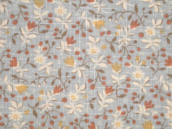 Daisy and berry, 1/2 yard, pure cotton fabric