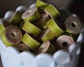 Vintage Chartreuse Green/Yellow Thread Bobbins (10)