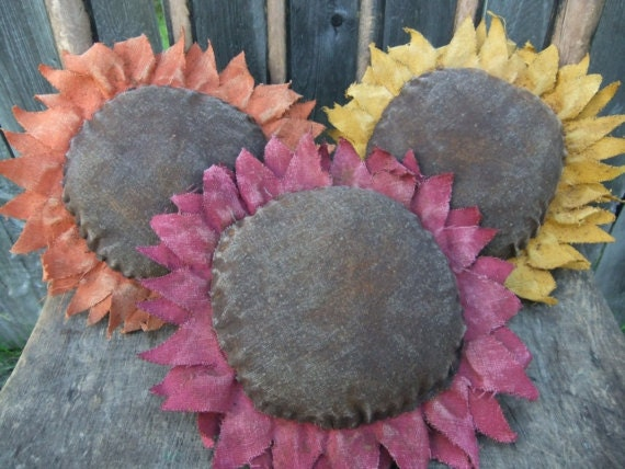 Primitive  Sunflower Bowl Fillers/Ornies/Tucks  Extra-Large