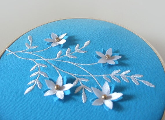 OOAK Hand-Guided Machine Embroidered Wall Hanging - FORGET-me-NOT - tbteam