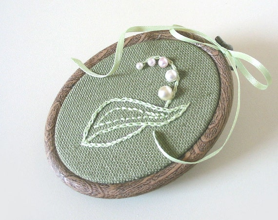 Wall Hanging LILY of the VALLEY - tbteam